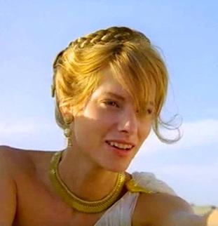 Sienna Guillory dans le rôle d'Hélène de Troie
